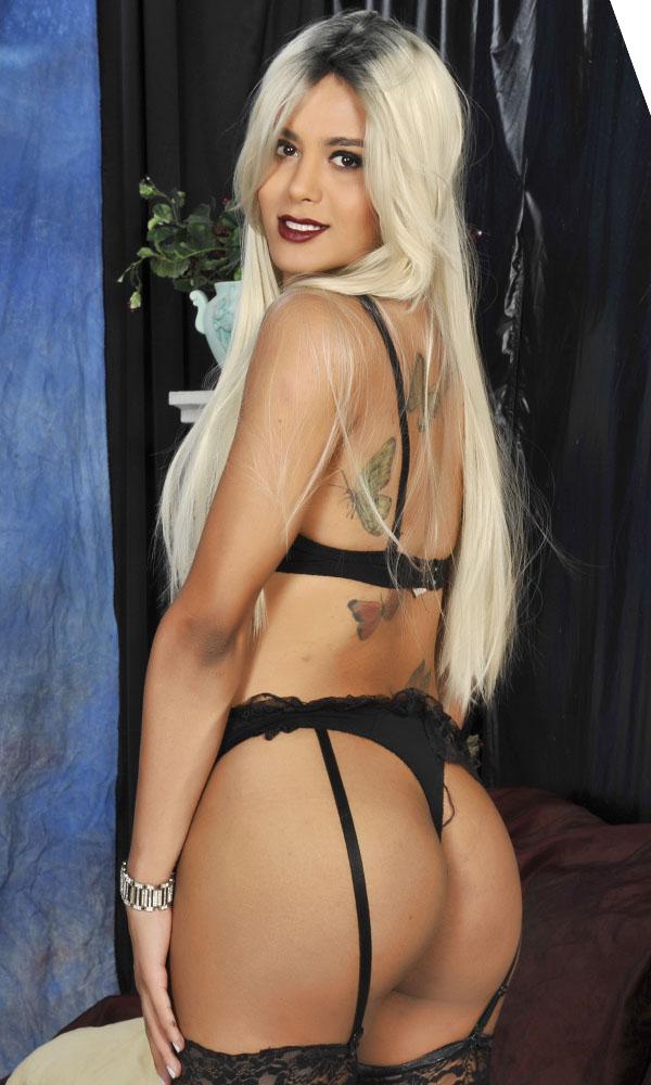 Pornostar Carolina Blondi trans
